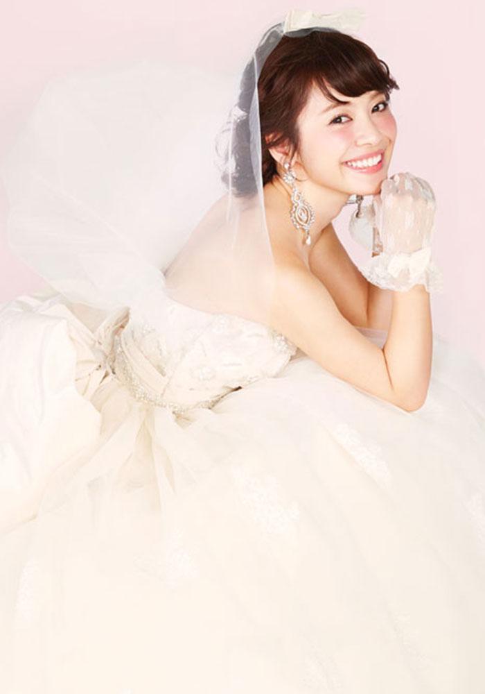 ウェディングドレス|高知の結婚式場|ドリーマーベイシャトー