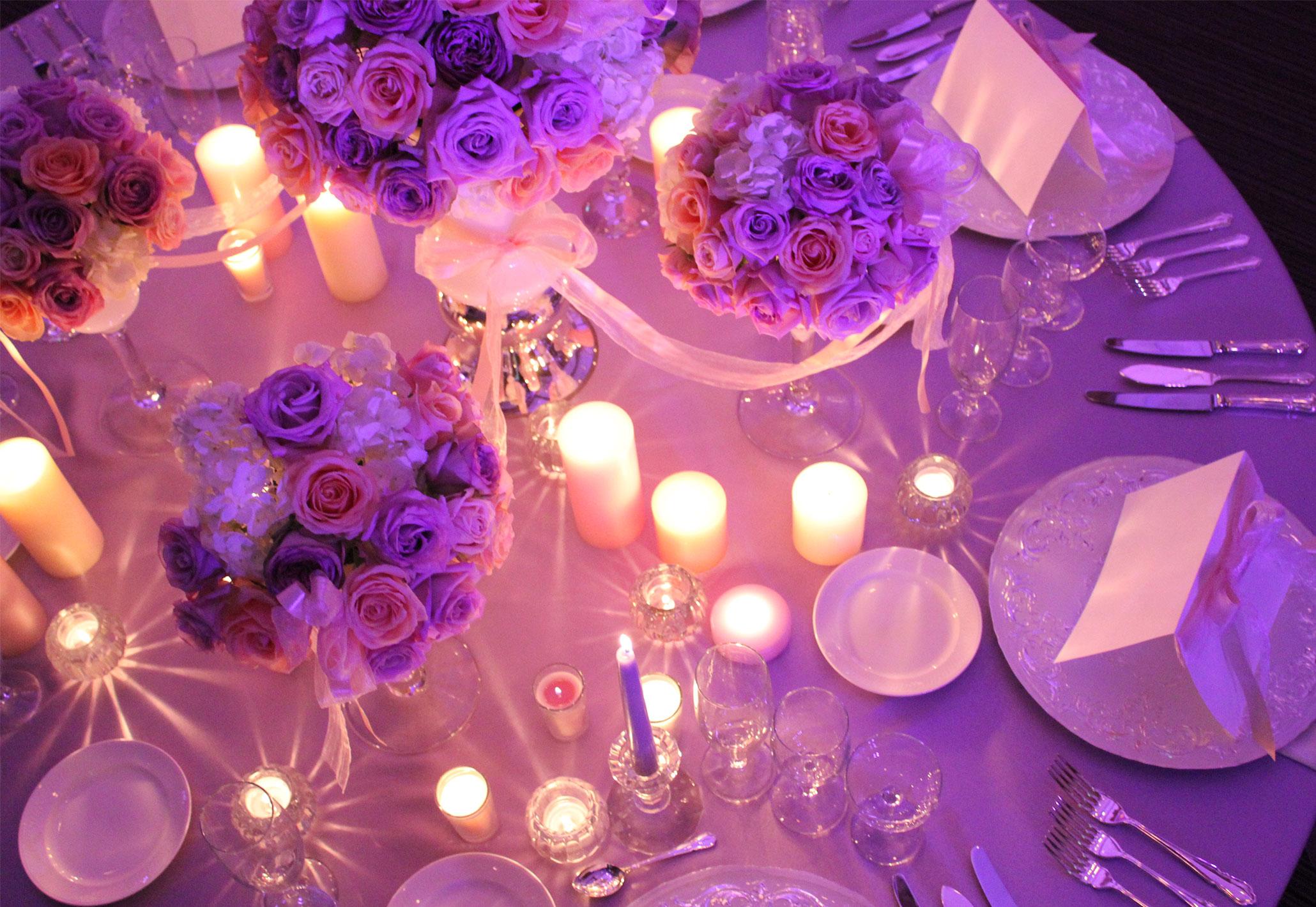 照明とキャンドルを使い幻想的な空間へ | 高知県高知市の結婚式場ドリーマーベイシャトー
