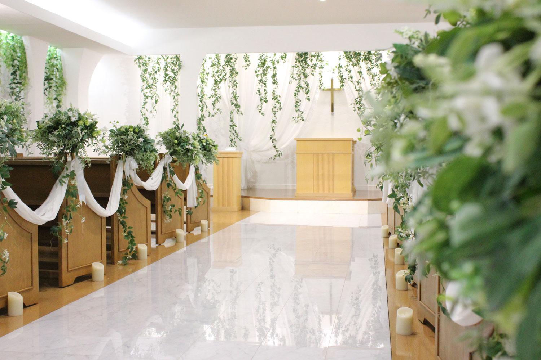 大理石のバージンロードは二人の幸せを願って・・・ | 高知県高知市の結婚式場ドリーマーベイシャトー